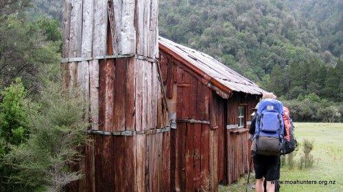 Price Flat slab hut
