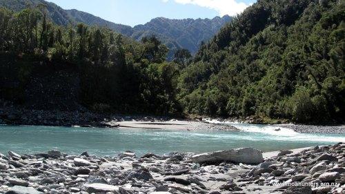 The confluence of the Whitcombe and Hokitika rivers
