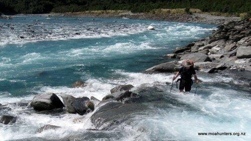 Magnus crosses Rapid creek